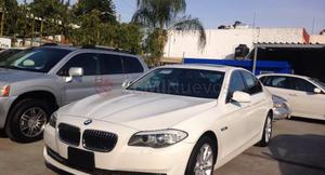 BMW 528i ()