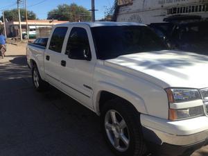 Chevrolet Cheyenne 4x4 06