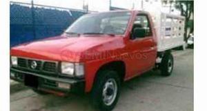 Nissan Estacas ()