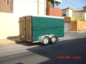 Remolque Wells Cargo caja cerrada