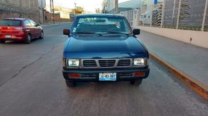 Nissan Pick-Up Otra