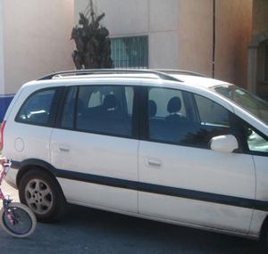 Chevrolet Zafira Minivan