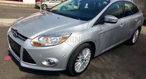 Ford Focus SEL ()
