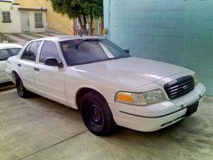 Ford Crown Victoria  police interceptor 4.6 sin fallas