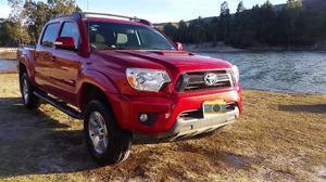 Toyota Tacoma TRD 4x2 Roja c. Aut.