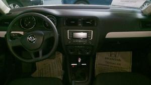Volkswagen Jetta Trendline Tiptronic Sedán