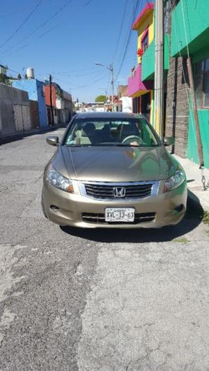 Honda Accord Sedán