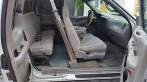 Ford F150 XLT cabina y media