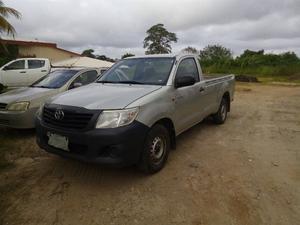 Toyota Hilux Cabina sencilla  Sin Fallas.