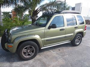 Jeep Liberty Renegade 5p 4 x