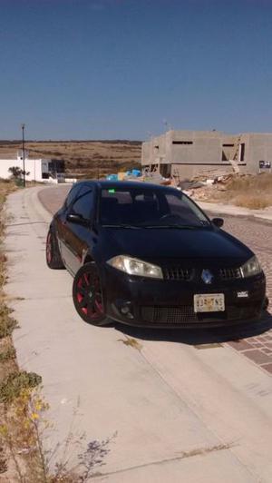 Renault RS sport 225 hp motor Nuevo