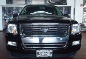 Ford Explorer p XLT V8 4x2 3er asiento SYNC