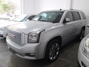 GMC YUKON DENALI IMPECABLE