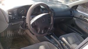 Honda Accord LX Sedán