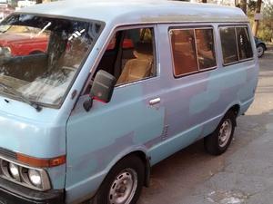 Nissan Ichi Van Minivan
