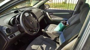 Pontiac G3 Sedán