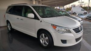 Volkswagen Routan p Exclusive Tiptronic