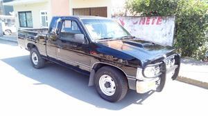 Nissan Pick-Up Otra