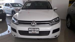 VW TOUAREG V