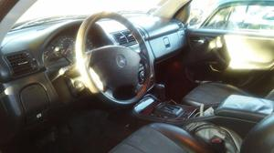 Vendo Mercedes Benz Ml 350