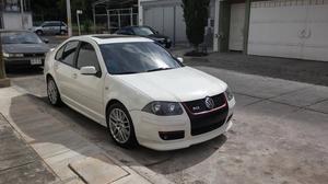 Volkswagen GLI Sedán