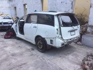 Desarmo Grandis Mitsubishi