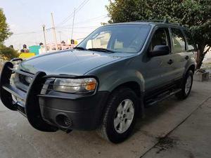 Ford Escape 5p Xls Aut Tela V