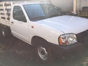 Nissan Pick-up Estaquitas 2p Estacas Largo 5vel D/h