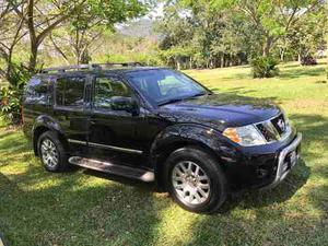 Nissan Pathfinder 5p Le 4x4 Aut Piel Luxury