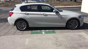 Bmw 118i, Color Blanco, Impecable.