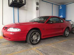 Mustang  Excepcional