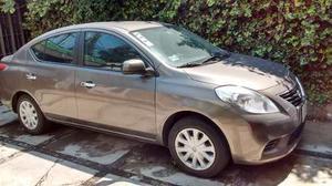 Nissan Versa  Automatico