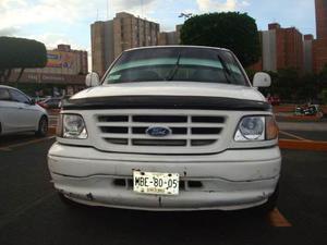 Ford Lobo F- Barata