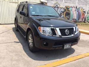Nissan Pathfinder Se 4x2 Ta Piel