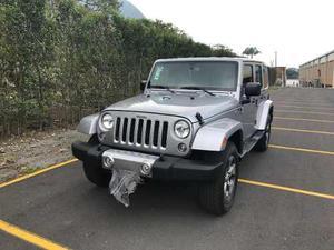 Precioso Jeep Sáhara 5 Puertas