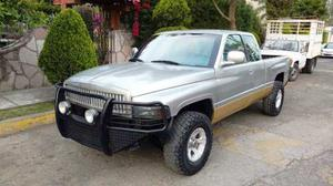 Dodge Ram Pick Up wd Cabina Y Media