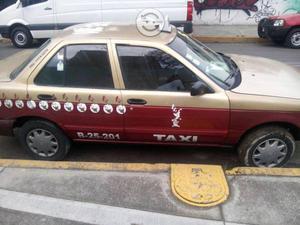Nissan Modelo: Tsuru
