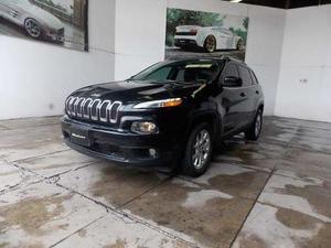 Jeep Cherokee Latitud 4x