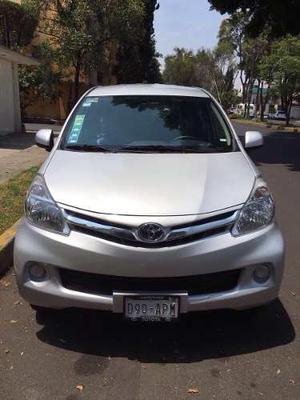 Toyota Avanza 5p Premium 1.5 Aut