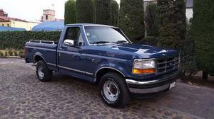 Ford F-150 Ford Xlt