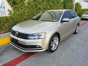 Volkswagen Jetta Sportline Aut  Plata