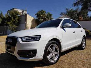 Audi Q3 Luxury 2.0t-211hp Quattro / Bose / R18 Excelente Edo