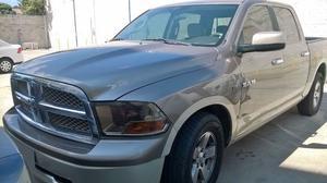 Dodge Ram  SLT CrewCab HEMI