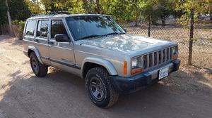Jeep Cherokee Sport  Kilometraje