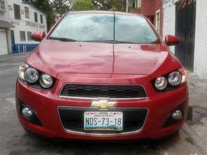 Chevrolet Sonic  Lt Rojo Hatchback Bonito!