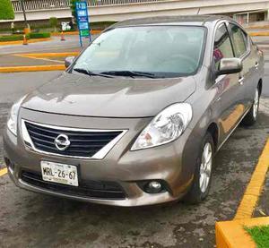 Nissan Versa Advance Automático