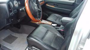 Nissan Pathfinder  muy cuidada es la de lujo piel