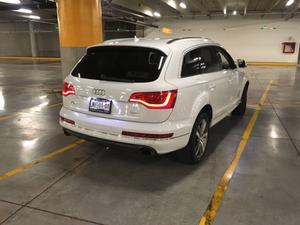 Camioneta Audi Q7