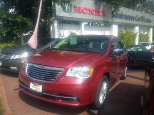 Chrysler Town & Country  Kilometraje