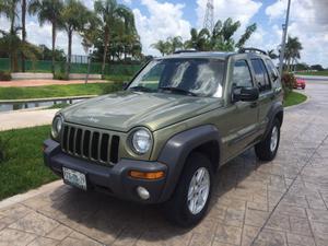 Impecable jeep Liberty  equipada